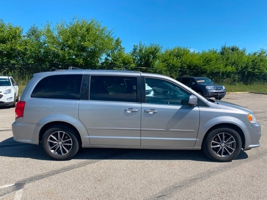 Used 2017 Dodge Grand Caravan Sxt For Sale Plainfield In Andy Mohr 2c4rdgcg5hr800646